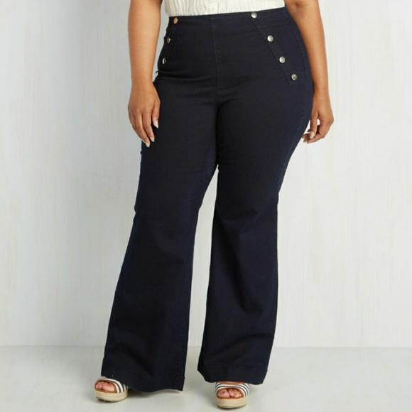 3a711d081eb ModCloth Sailorette The Seas Dark Plus 3x Jeans. M 5a70e74cb7f72b1e191f46a1